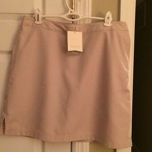 Greg Norman perfect fit skort NWT